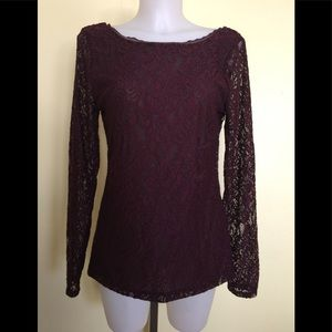 Women's WHBM blouse size medium.